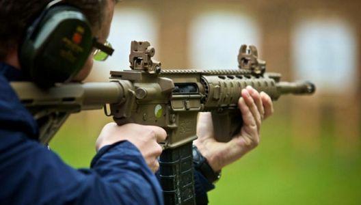 Zážitek šitý na míru pro muže – akční střelba