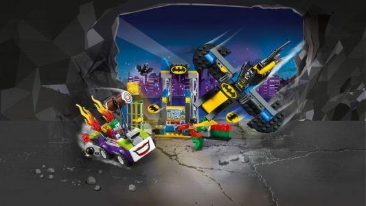 LEGO® Juniors Joker™ útočí na Batcave