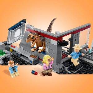 12. LEGO® Jurassic World Jurský park: hon na Velociraptora