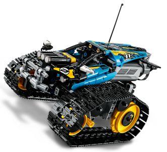 LEGO® Technic Kaskadérské závodní auto na dálkové ovládání