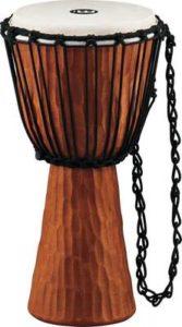 Exotický hudební nástroj – bubny djembe