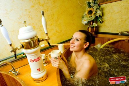 Pivní koupel na Plzeňsku i Moravě