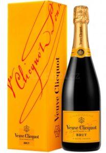 Veuve Clicquot Brut (0,75l 12%) - šampaňské cena/kvalita